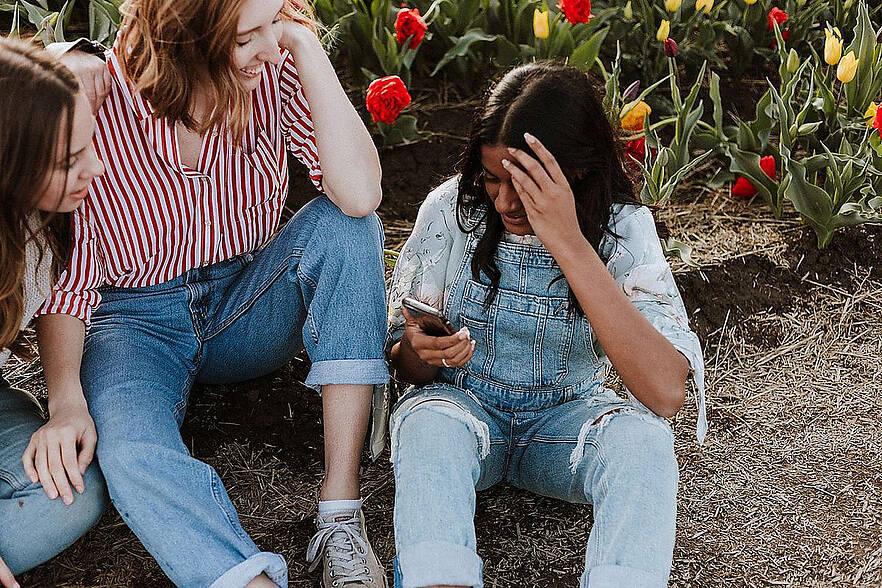 Studie identifiziert typische Nutzer von Facebook, Instagram und WhatsApp